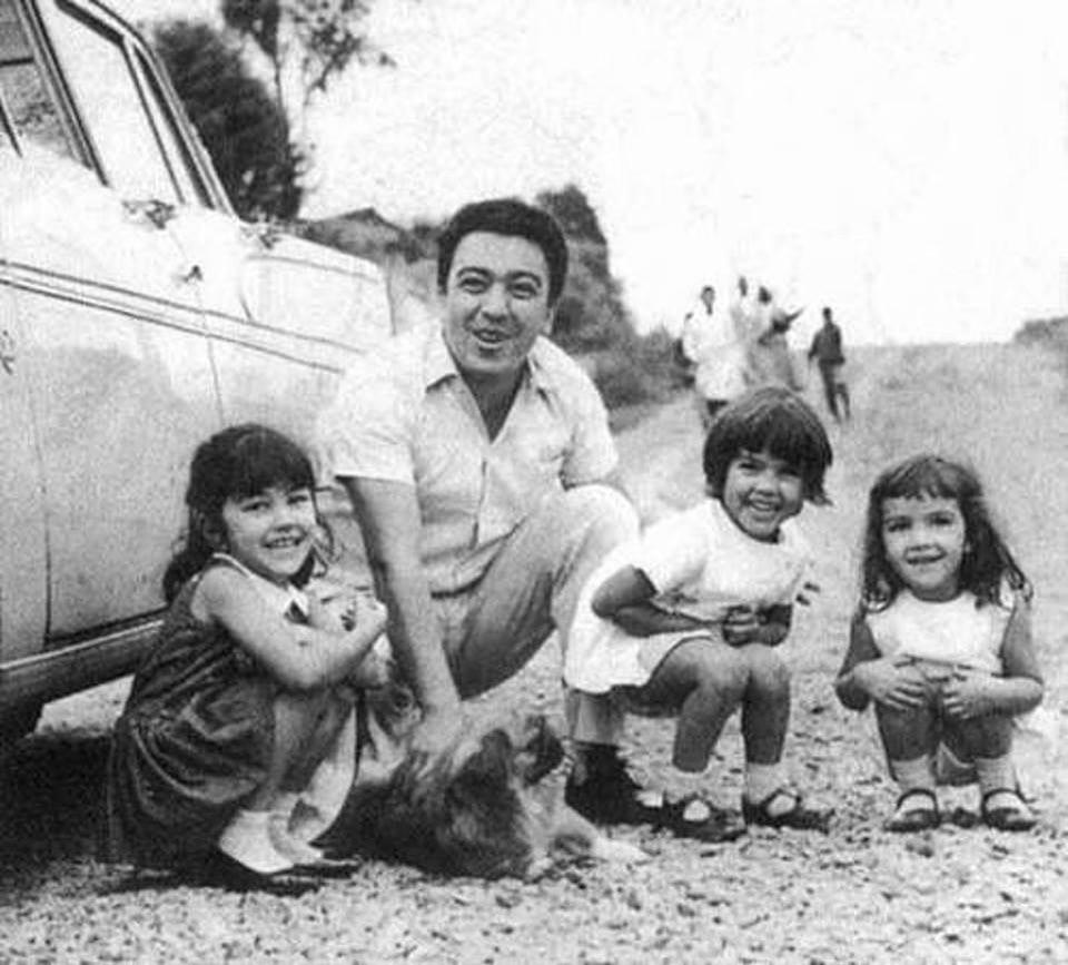 Maurício de Souza e suas filhas Mônica, Magali e Maria