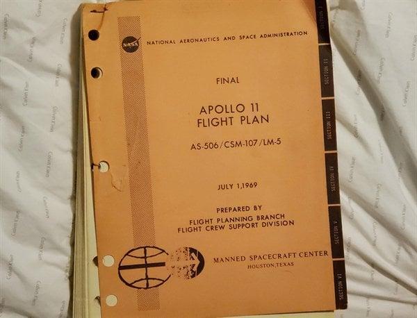 Planos de voo originais da Apollo 11