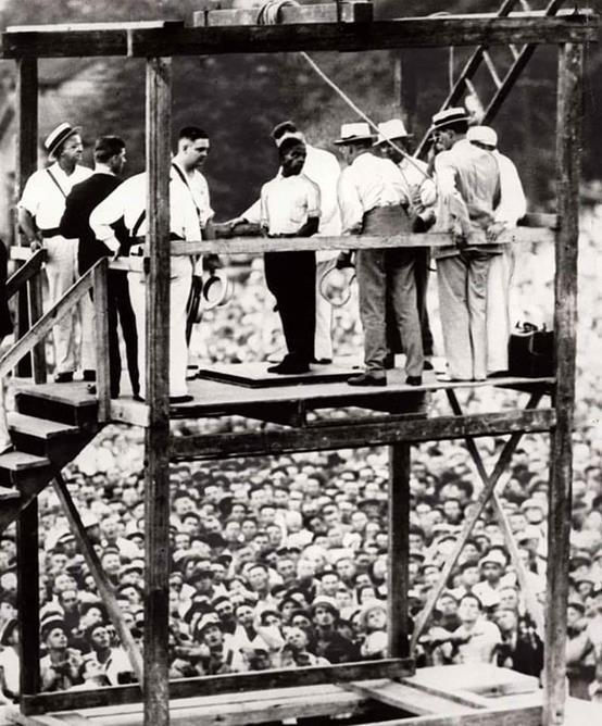 A última execução pública a ser realizada nos EUA, em 14 de agosto de 1936