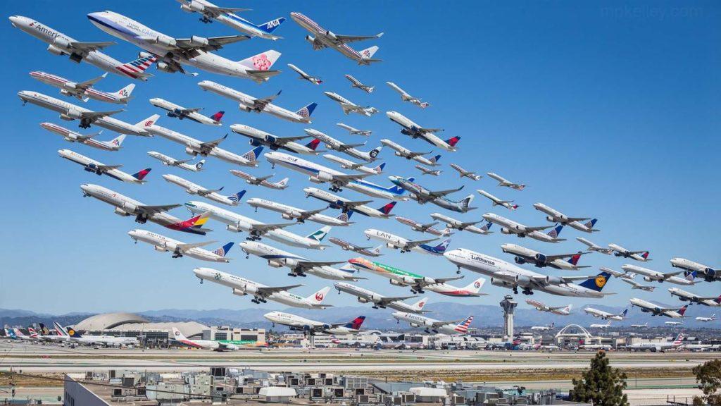 Oito horas de atividade aérea no aeroporto de Los Angeles num dia normal de operação