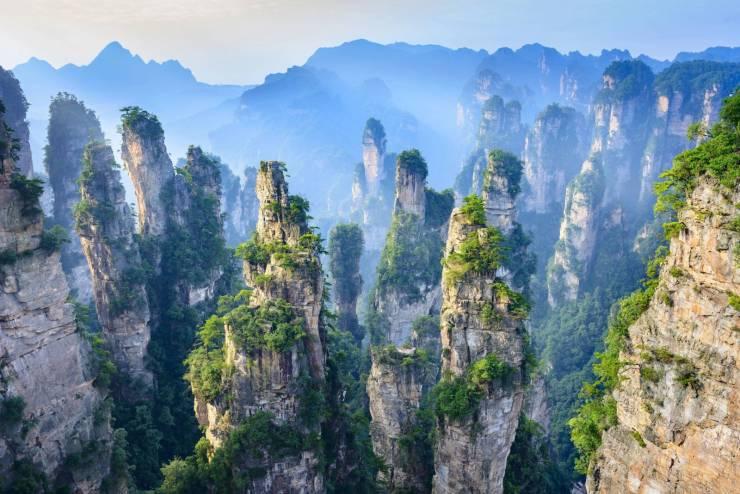 Zhangjajie, China - a fonte de inspiração para as montanhas flutuantes no filme Avatar