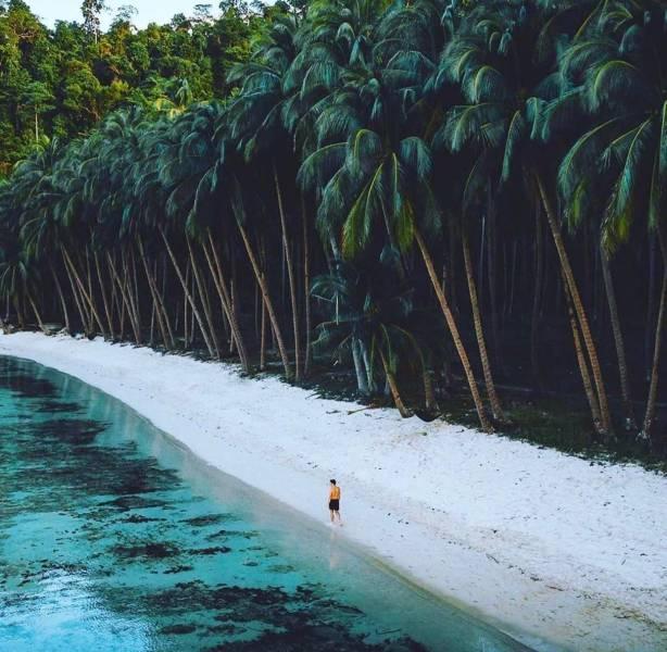 Esse é o visual da ilha Palawan, nas Filipinas, considerado por muitos
