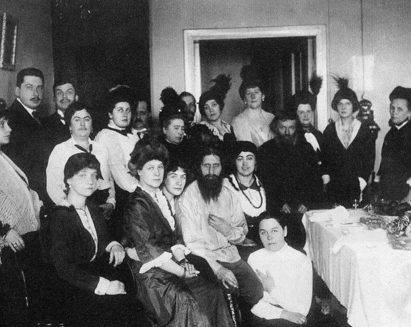 Grigori Rasputin com seus seguidores, Russia, 1914