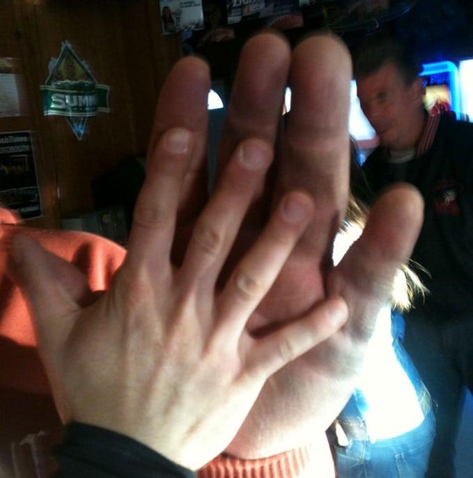 Mão de Jeff Dabe, campeão de braço de ferro
