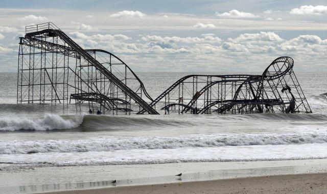 Montanha-russa danificada em Seaside Heights, Nova Jersey, após furacão Sandy, que varreu a Costa Leste dos EUA em 2012