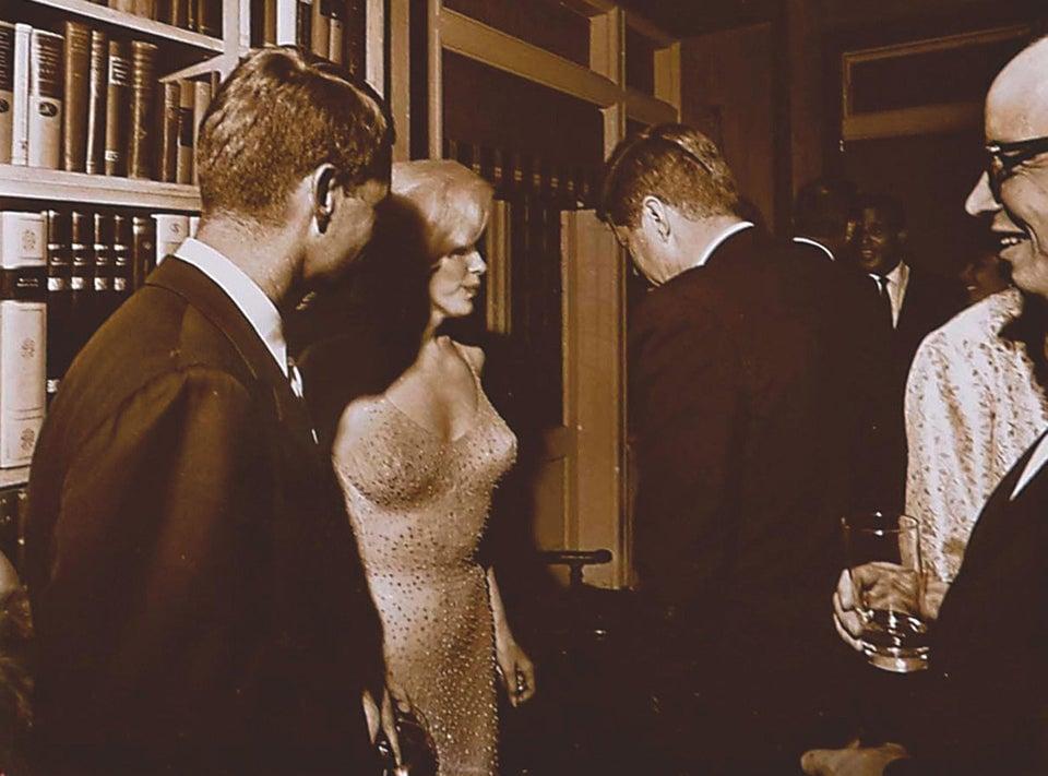 Única foto conhecida de John F. Kennedy e Marilyn Monroe, em 1962