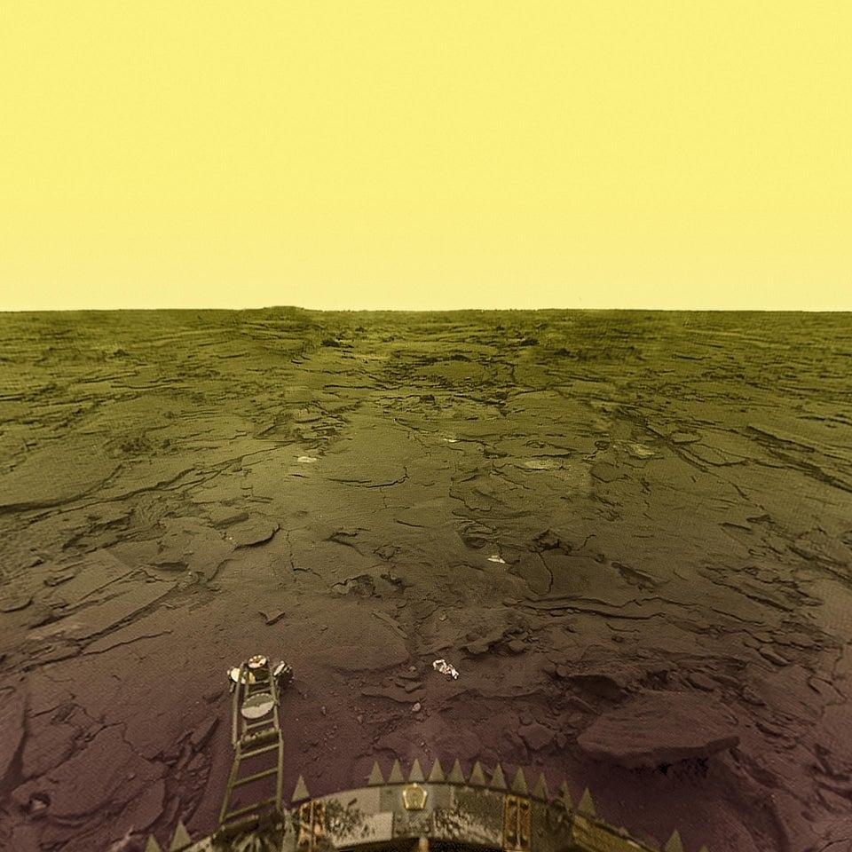 Imagem da superfície de Vênus obtida pela espaçonave Venera, 14 de março de 1982