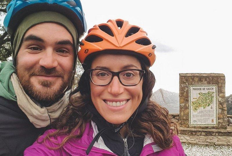 Em 2018, os americanos Jay Austin e Lauren Geoghegan foram mortos no Tajiquistão enquanto viajavam por território do Estado Islâmico para tentarem justificar sua crença na bondade humana