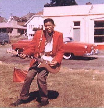 Um jovem Jimi Hendrix, em 1958.